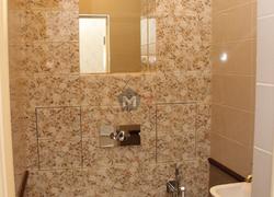 Туалет укладка плитки отделка коттеджа
